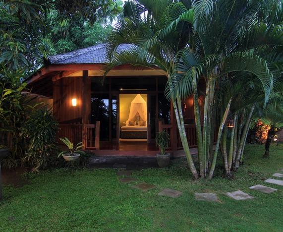 Asmara, Bali
