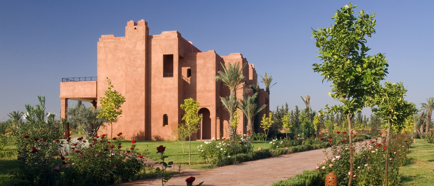 Luxury villas and homes in marrakech morocco for Classic home villa collection